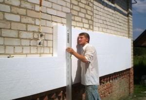 монтаж пенопласта на стену