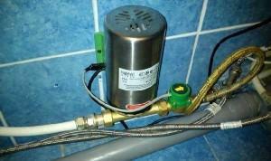 насос для повышения давления воды в квартире