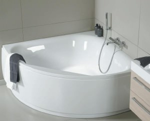 Чугунная угловая ванна
