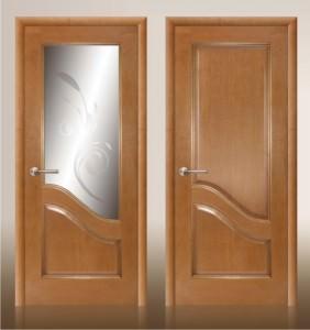 Деревянные двери для ванной комнаты