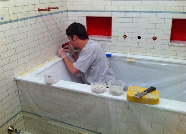 Монтаж бордюра в ванной