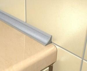 Пластиковый бордюр для ванной и особенности его установки