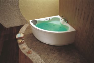 Угловая акриловая ванна