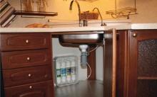 раковина с фильтром очистки воды