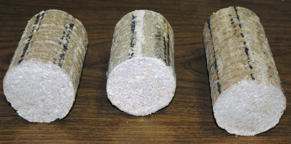 Три брикета круглой формы