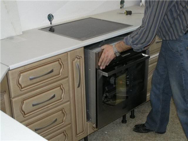 Установка духовки