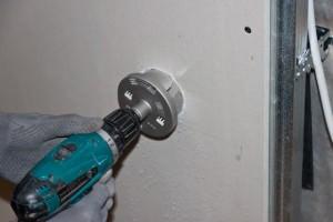 Сверление стены из гипоскартона