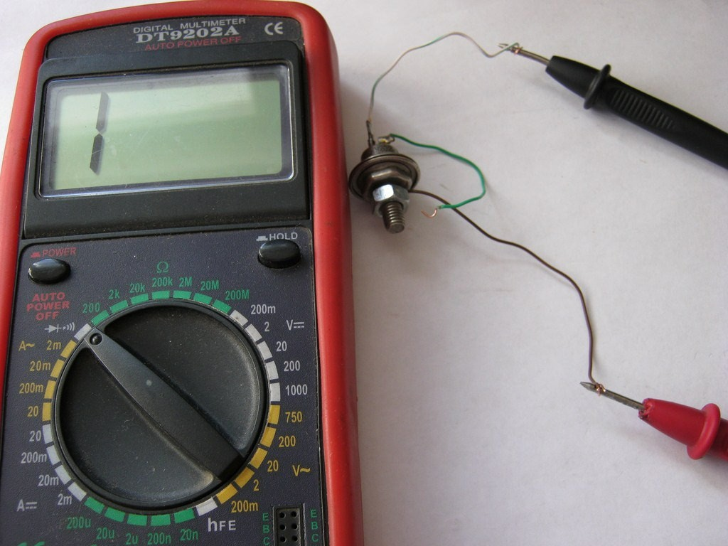 Проверка тимистора мультиметром